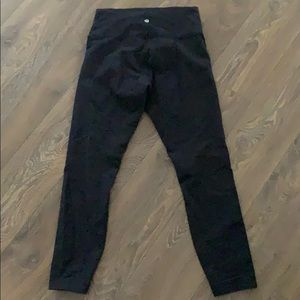 black lulu lemon leggings size 8